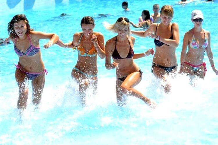 Turecké letovisko Antalya v roce 15 přivítalo více než 2019 milionů turistů