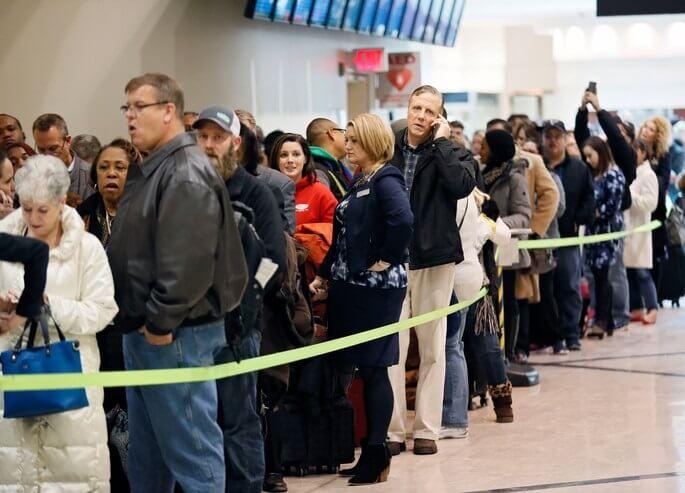 Delta پیش بینی می کند 2 درصد افزایش مسافر از هفته شکرگذاری سال گذشته داشته باشد