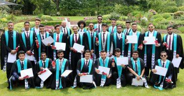 Սաուդյան Արաբիայի ուսանողներն ավարտում են Նոր Zeելանդիայի օդային երթևեկության վերահսկման ծրագիրը
