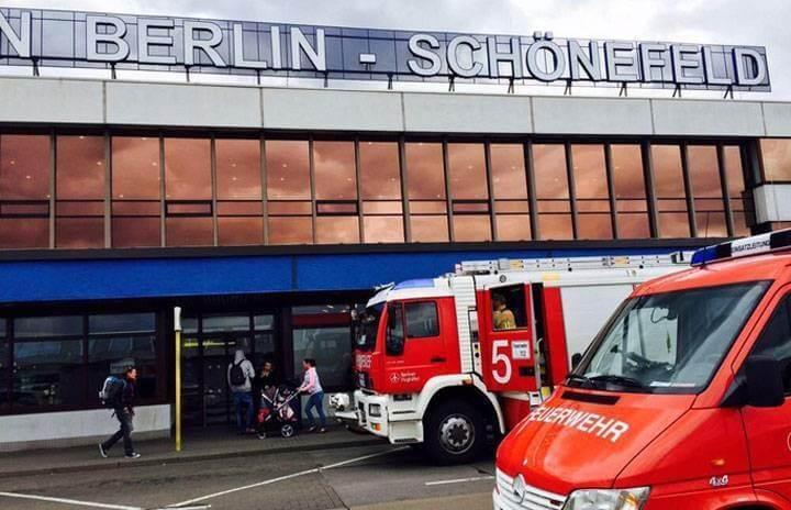 WWII bomb shuts down Berlin-Schoenefeld airport