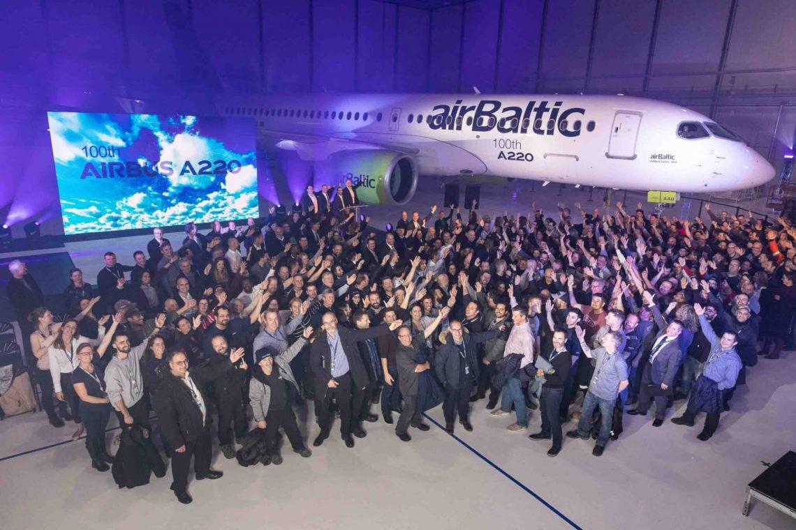 Airbus ngluncurake pesawat A100 kaping 220 sing diproduksi
