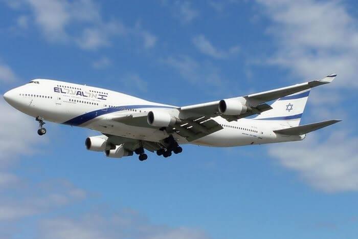 अल अल इजरायली एयरलाइन रिटायर दिग्गज 747 रिटायर होने के लिए श्रद्धांजलि देता है