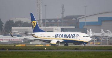 """Ryanair nimetty """"saastaisimmaksi"""" lentoyhtiöksi missä Lentoyhtiöiden matkatutkimus"""
