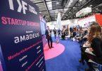 Flymoney- ը հաղթում է StartUp Pitch- ին Travel Forward- ում