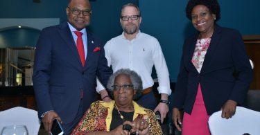 200 से अधिक जमैका होटल कार्यकर्ता पेंशन संवेदीकरण में भाग लेते हैं