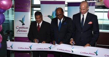 Le ministre Bartlett demande à Kingston d'être le principal carrefour du nord des Caraïbes