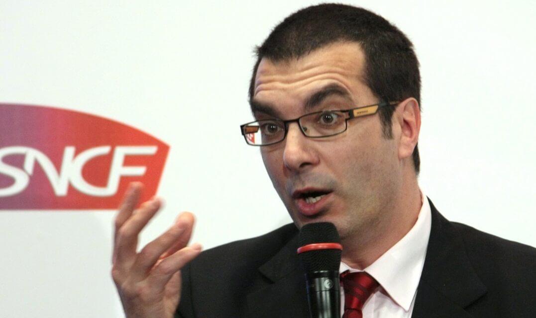 Chefe das ferrovias francesas pede aos trabalhadores que suspendam a greve durante a temporada de férias