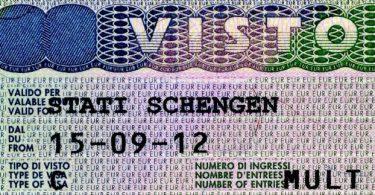 Itálie začne vydávat pětiletá schengenská víza ruským turistům