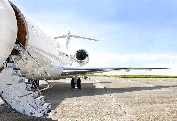Travelingանապարհորդող հասարակության անվտանգությունը գերակա գերակայություն. FAA- ն թողարկում է կանոնադրության կարևոր ուղեցույց
