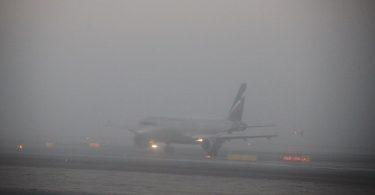 खराब मौसमले मस्को एयरपोर्टमा flights० भन्दा बढी उडानहरू गर्दछ