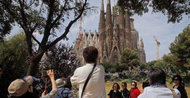 Barcelona për të rritur taksën e turistëve në 2020