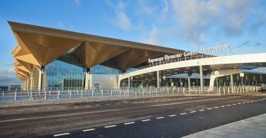 Venäjä avaa taivaan Pietarin Pulkovon lentokentän yli