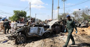 Více než 70 lidí zabitých při teroristickém útoku v Mogadišu