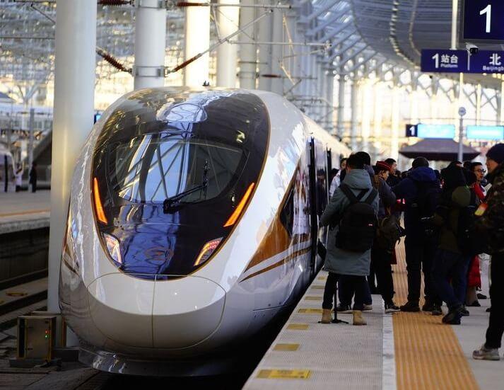चीन ने 2022 शीतकालीन ओलंपिक से पहले अधिक गति वाली गाड़ियों को लॉन्च किया