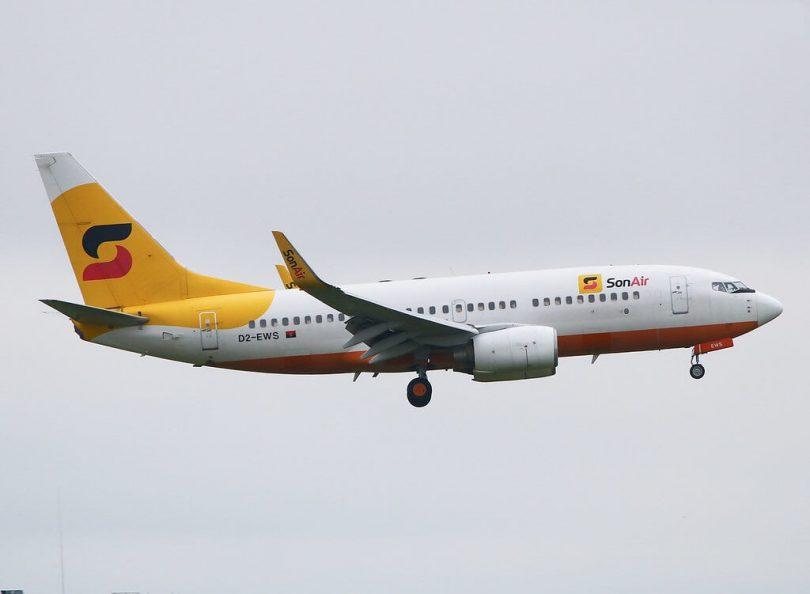 Ko te kamupene rererangi a Angola's Sonair ka mutu te rere i a Boeing 737-700s