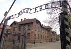 Rekordnih 2.15 milijuna ljudi posjetilo je Memorijalni muzej Auschwitz u 2019