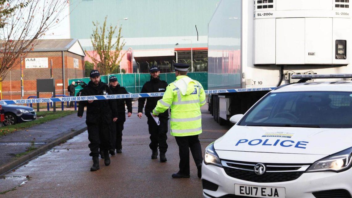 'Colisão deliberada': uma criança morta, cinco feridas em ataque de carro em Essex