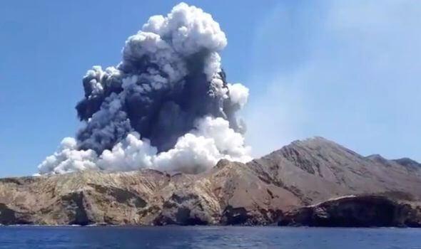 5 visiteurs tués et des dizaines blessés dans l'éruption du volcan White Island en Nouvelle-Zélande
