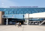 Дали аеродромот и туристичкото бомбардирање можат да поправат 300% инфлација во Зимбабве?