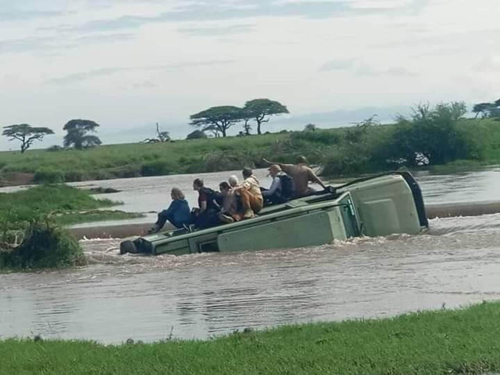 Rio Nilo está agitado, selvagem e mortal: desastre na África Oriental
