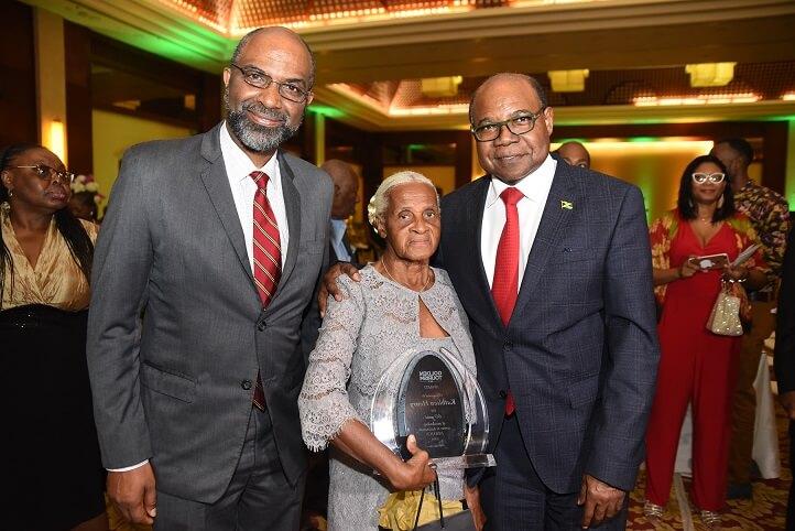 Jamaica Tourism Minister Bartlett to Invite Miss World Finalists to Visit Jamaica