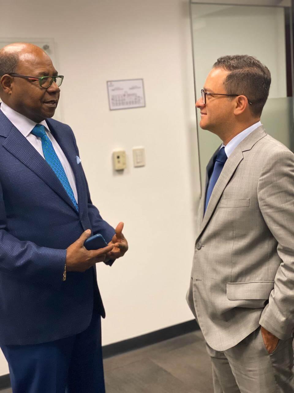 جامايكا وبيرو تبحثان سبل تعزيز العلاقات الثنائية