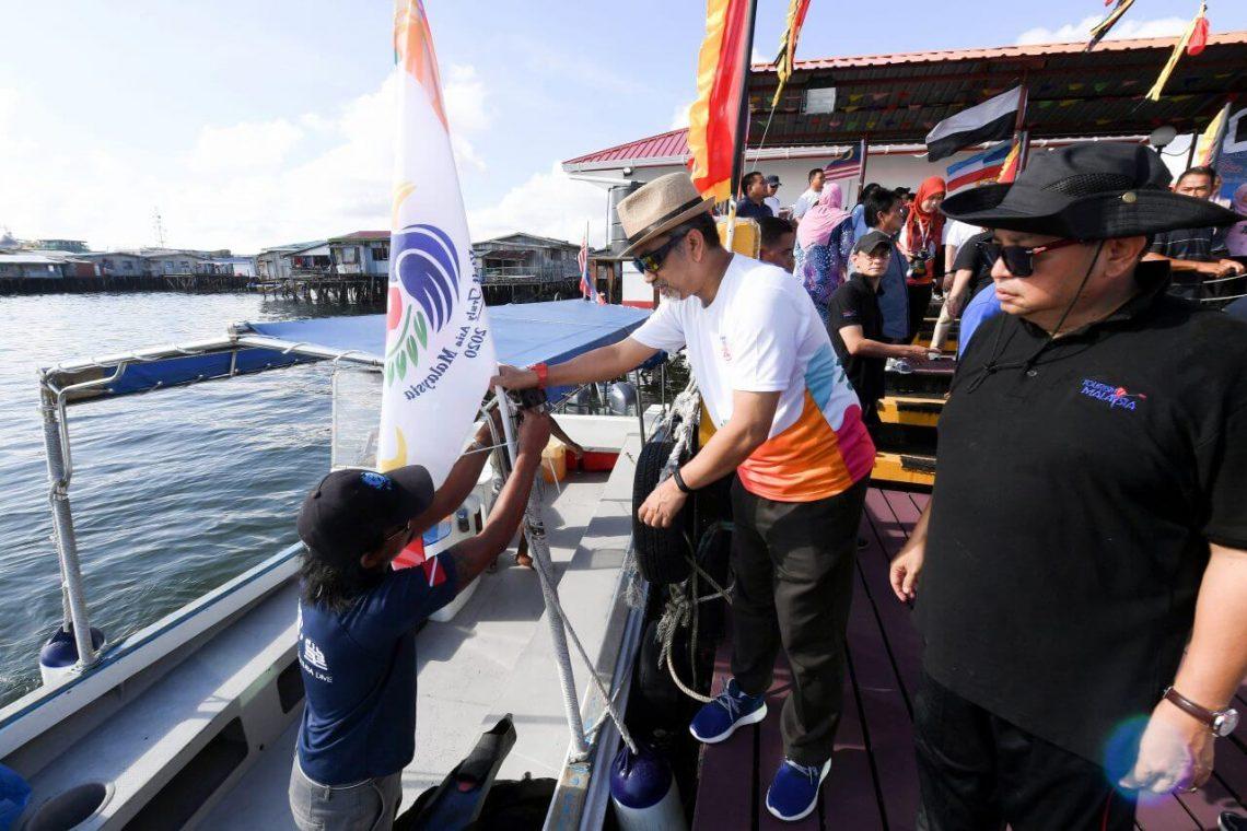 Besykje Maleizje 2020 en 200 boaten foar Semporna, Borneo
