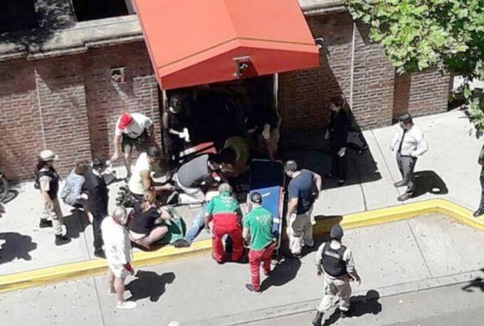 Argentynje besykje? Wês alert nei toeristyske skot bûten Faena Art Hotel yn Buenos Aires