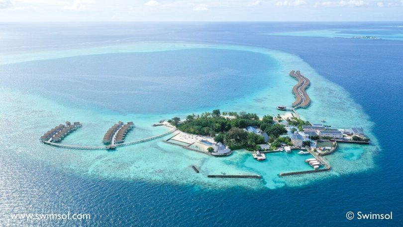Centara přeměňuje střechy letoviska Maledivy na udržitelný solární zdroj