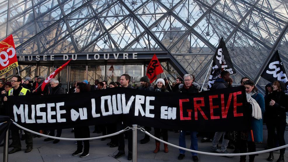 Manifestantes de Paris: Desculpe, turistas, não há Louvre para vocês hoje