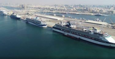 Rekordních šest mezinárodních výletních lodí dorazilo do Dubaje za jeden den