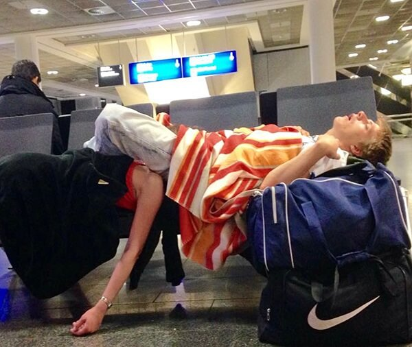 How to survive airport layover make the most of it?