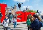 Os visitantes de Amsterdam alcanzaron un novo imposto turístico do 10%