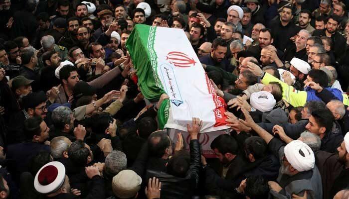 イランのソレイマニ葬儀スタンピードで40人が死亡、213人が負傷