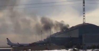 Flyvninger omledt, passagerer flygter, da Spaniens Alicante lufthavn brænder