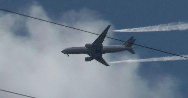 17 lasta loukkaantui, kun Boeing 777 tyhjentää polttoainetta koulun leikkikentällä
