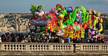 Karneval i Middelhavet?