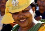Lesoto premjero žmonai gresia kaltinimai buvusios žmonos nužudymu