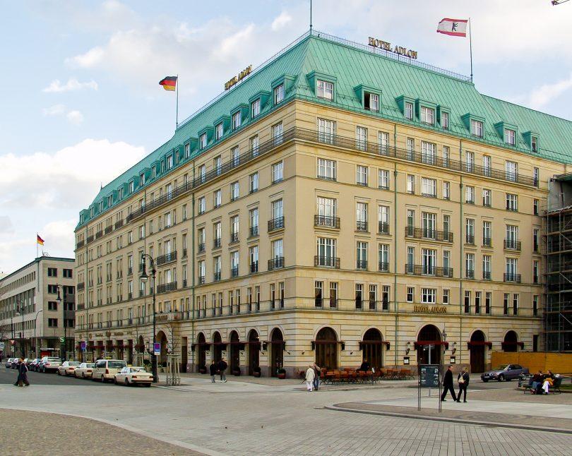 Hotel Adlon Kempinski Berlin je ve vzduchu