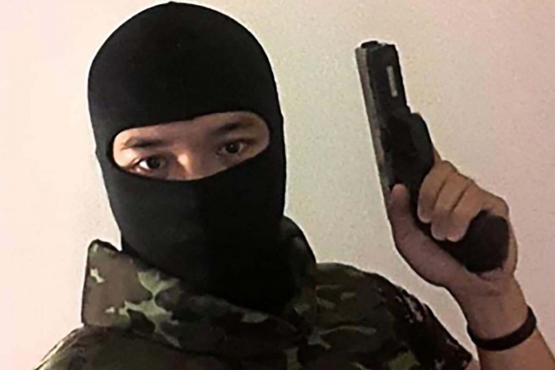 Soldado tailandês continua atirando furiosamente e mata 17 no shopping Korat