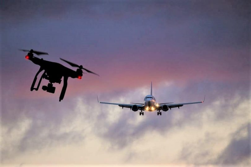 Dron Rogue vypne největší španělské letiště a uzemní všechny lety