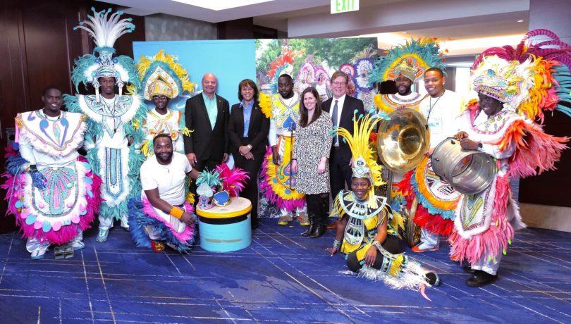 Bahamas Tourism fejrer lanceringen af United Airlines direkte flyvning fra Denver til Nassau