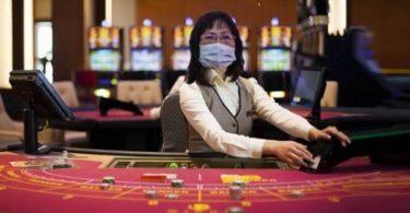 Macao znovu otevírá kasina poté, co zastavil operace kvůli strachu z koronavirů