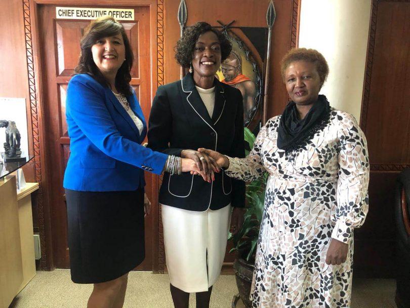 Генеральний директор Африканської ради з туризму залишає Кенію з посмішкою