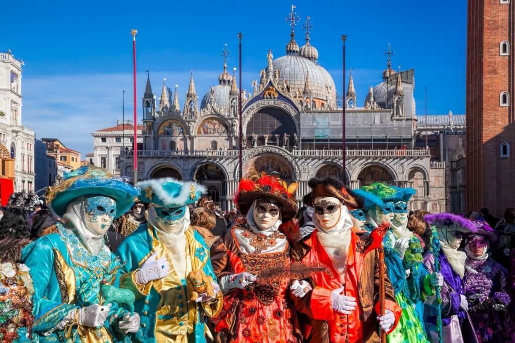 Venice Tourism stops Carnival sending visitors home