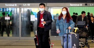China kürzt die internationalen Flugrouten stark, um das importierte COVID-19 zu stoppen