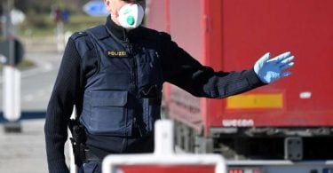 Germany finally tightens border control, bans 'non-essential' travel