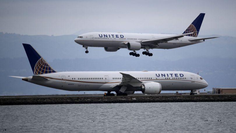 United Airlines réduit ses horaires nationaux et internationaux
