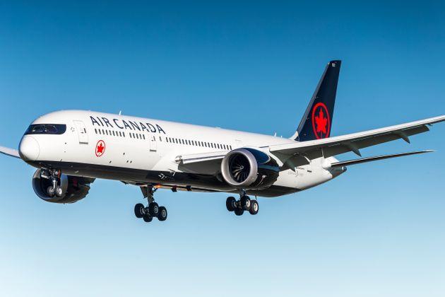 تواصل شركة طيران كندا إجلاء الكنديين من الخارج