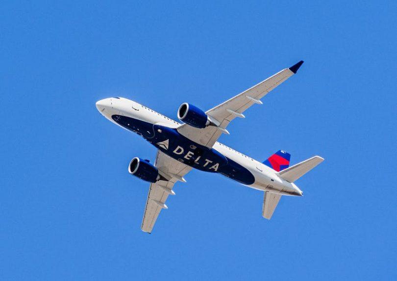 Delta Air Lines- ը `հեշտացնելով փոխել ճանապարհորդության ծրագրերը, որոնք ազդել են COVID-19- ի վրա